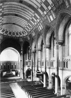 Innenraum um 1909 (mit ursprünglicher Rabitzdecke)